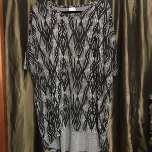 LuLaRoe Irma black tribal graphic print Large